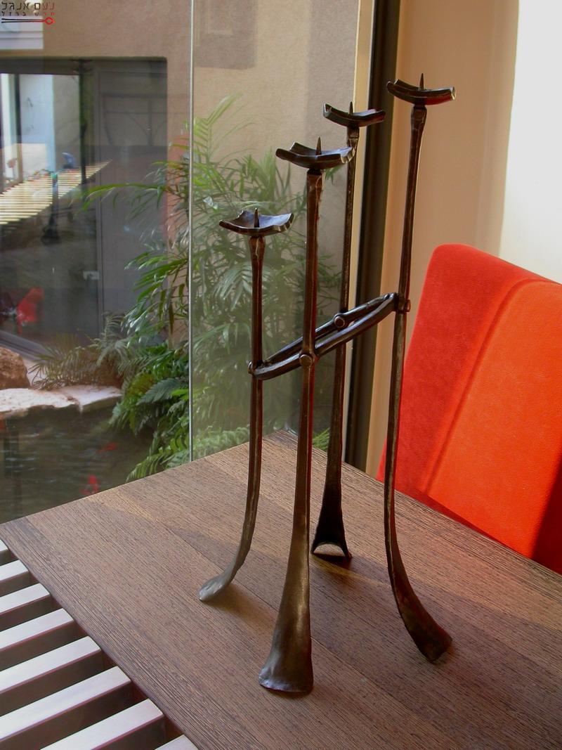מנורת ארבעה קנים